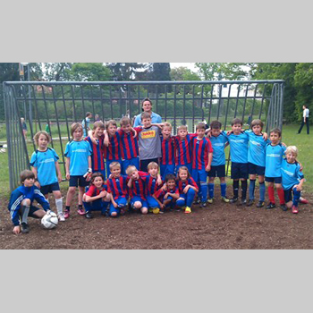 Fußballspiel Gegen Die Grundschule Neubiberg